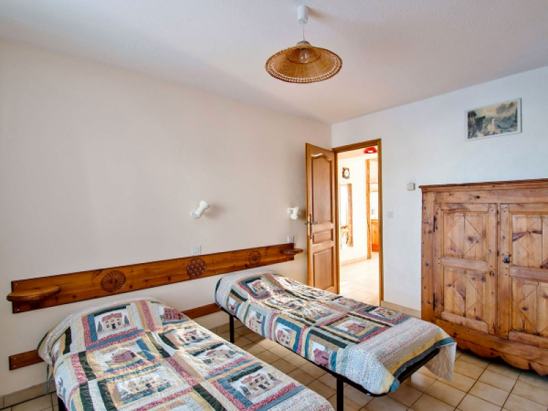 Troisième chambre avec deux lits simples de 80
